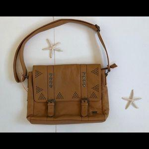 Roxy crossover bag